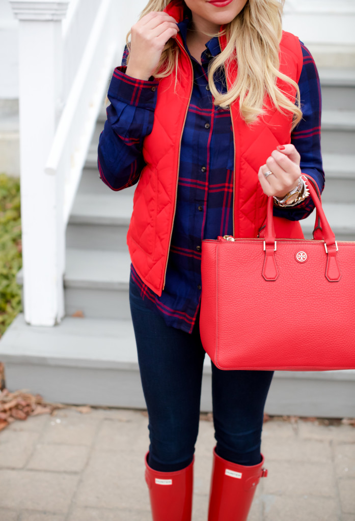 Red Poppy Vest J.Crew Nordstrom Plaid Tunic with Red Hunter Hoots and Tory Burch Handbag. What to wear in December Christmas Party-12