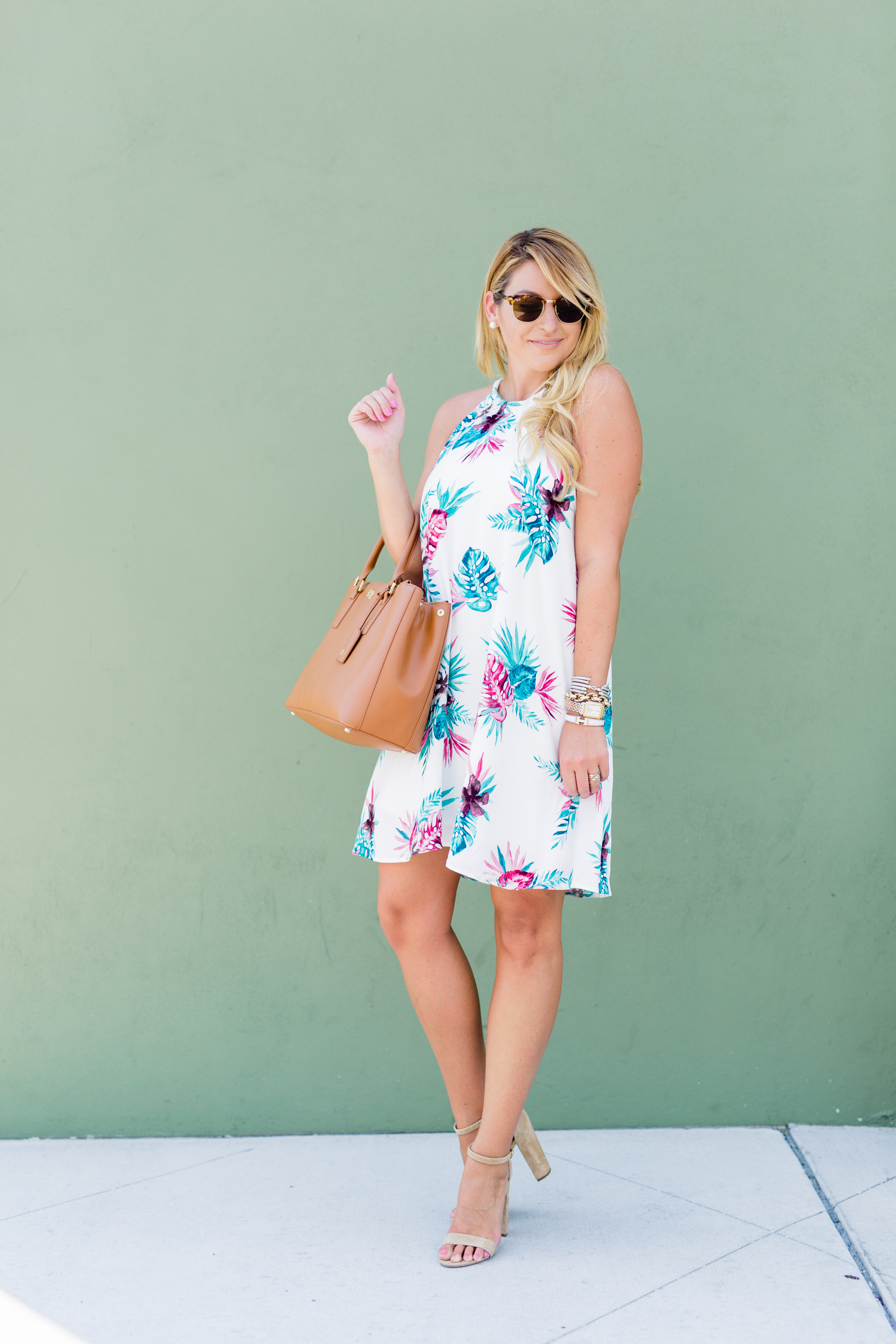 Outfit | Summer Dresses & Bags - SHOP DANDY | A florida
