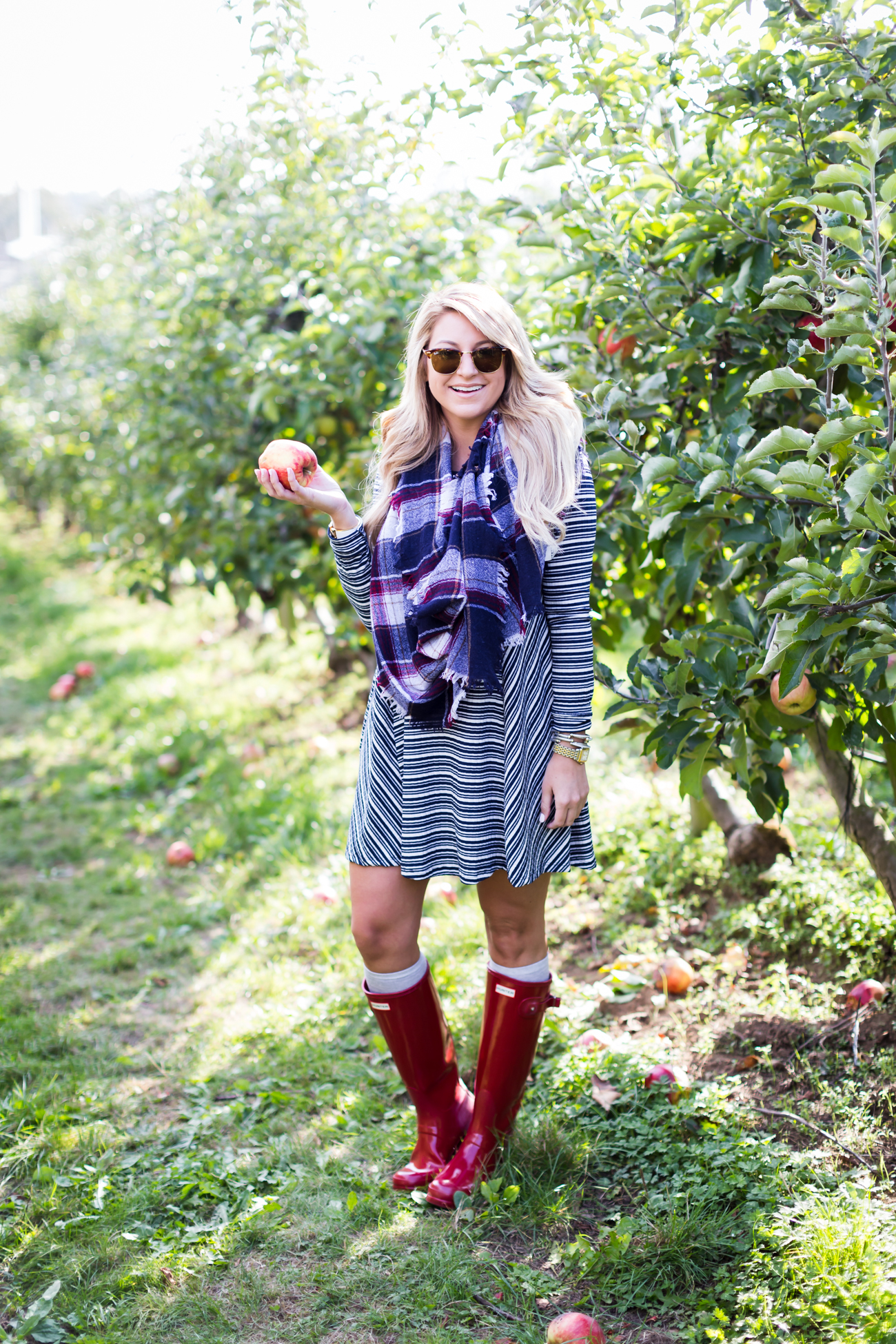 What to wear to go apple picking