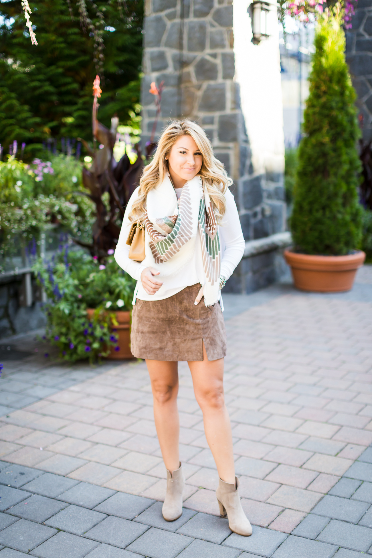 Outfit Suede Skirt For Fall Shop Dandy A Florida Based Style And Beauty Blog By Danielle